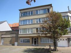 gelegen in het westerkwartier te Oostende, bestaande uit acht appartementen, stabiel verhuurd, perfecte prijs/kwaliteit, geen lift, alle info op kanto
