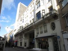 Charmant appartement in het centrum vlakbij zeedijk, 100 m², 2Â verdieping, omvattende: ruime hall, living afzonderlijk keuken, badkamer, w