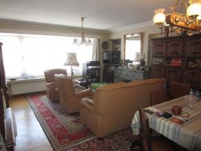 Ruim en rustig gelegen appartement vlakbij de Sint-Janskerk, 1Â verdieping, 2 slaapkamers, fietsenberging, zeer lage algemene kosten, individuel
