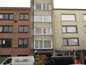 Instapklaar appartement met twee 2-persoons slaapkamers gelegen bij het Mac Leodplein - De living is zonnig en ruim -  er is een mooie ingerichte keuk