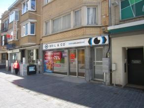 Witte Nonnenstraat Oostende, vlakbij Kapellestraat, 60 m² met ruime kelder, onmiddellijk vrij,  zonder drempelvergoeding, alle info op kantoor.