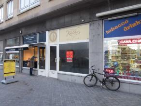 Topligging Van Iseghemlaan Oostende, tegenover Casino 45 m² + 15 m² stockage, perfecte prijs kwaliteit, onmiddellijk vrij!