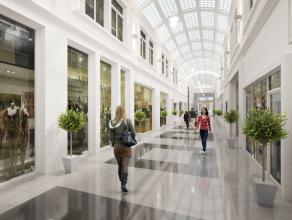 Topligging James Ensorgalerij Oostende, 120 m² gelijkvloers + 90 m² op eerste verdieping, 10 meter facade, nieuwe handelshuur, onmiddellijk