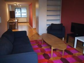 Ruim appartement met 2 slaapkamer en een terras vooraan. Gelegen in het centrum van Oostende. Wasmachine, droogkast en vaatwasmachine voorzien. U mag