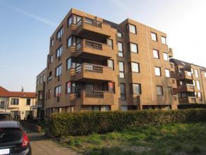 Zonnig appartement met 1 slaapkamer en leuk zonnig terras. Op 5 min. van zee en strand. 3° verdieping.Fietsenberging in het gebouw.