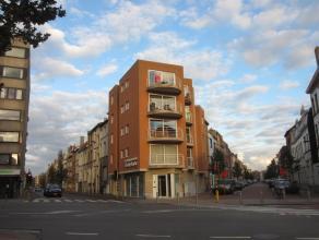 Instapklaar appartement gelegen op de 4° verdieping in een recent gebouw. Indeling: Inkomhal, woonkamer met open keuken, grote berging, 2 slaapkam
