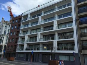 Deze ruime en gesloten garagebox is gelegen in residentie Royal Leopold, die gelegen is in de Koningstraat, vlakbij het stadscentrum.
