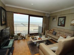 Ongemeubeld appartement gelegen op de 3e verdieping van de residentie UITDIEP. Het appartement omvat eeni inkomhall, een ruime woonkamer met aansluite