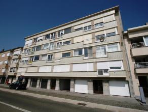Gesloten garagebox met het nummer 22 op de - 1 verdieping in de residentie Molière, Troonstraat 33, 8400 Oostende. De garage heeft een diepte v