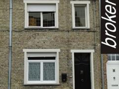 Diksmuide ? 2 slaapkamer woning in centrum Diksmuide te huur Woning in het centrum van Diksmuide, met inkom ? living met opengerichte keuken ? badkame