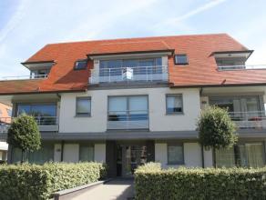 Appartement gelegen op de tweede verdieping in de kleinschalige villabouw;Zeer recente residentie (aankoop onder registratierechten);Beschikt over een