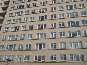 Volledig zuidgericht,gemeubeld 1slaapkamer appartementmet uitzicht ophet casinoplein van Blankenberge.Het appartement bestaat