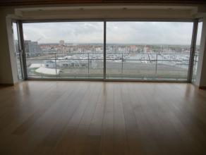 Dit uitzonderlijk mooi appartement bestaat uit:ruime woonkameraparte keuken3 slaapkamersbadkamer met ligbad en doucheapart toiletterras+ ? 100 p