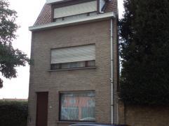Gezellig ingerichte woning - heel centrale ligging - dicht bij station en centrum van Veurne - tuin - garage - interessante prijs - Voor bijkomende in