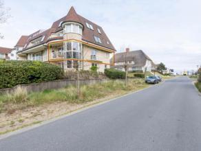 woonappartement met 2 slaapkamers, elk met douchekamer;bewoonbaar oppervlakte 102 m2;gelegen in Sint-André, vlak bij zee en duinen;
