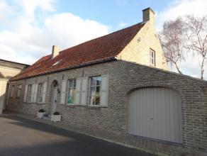 Goed gelegen varkens- en rundsveebedrijf te koop te Veurne (Houtem). De hoeve is rustig gelegen in een prachtige omgeving. De woning, stallen en loods