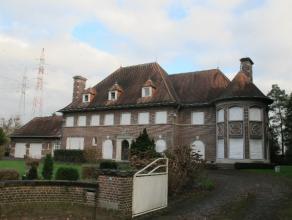 Klassieke te renoveren statige herenvilla met zuid-west georiënteerde tuin op 3546 m², gelegen tussen Beveren en Roeselare : samenstelling g