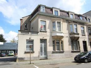 Te huur euro 675 Woning Kortrijk Bloemistenstraat 3 1 4 108 m2 201 m2 691 kWh/m2 706 404 01.04.2016 Dicht bij het centrum, op enkele stappen van het s