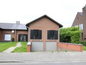 Te huur euro 725 Woning Kortrijk Merellaan 19 1 3 435 m2 132 m2 618 kWh/m2 1 182 096 Deze aangename woning is rustig gelegen te Kortrijk, dicht bij de