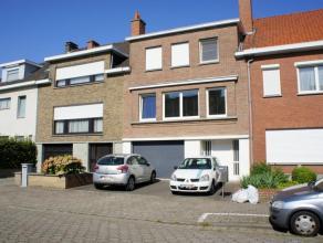 Te huur euro 695 Woning Kortrijk Azalealaan 5 1 3 286 m2 144 m2 469 kWh/m2 920 172 01.12.2016 Deze mooie bel-etage woning is rustig gelegen op St. Eli