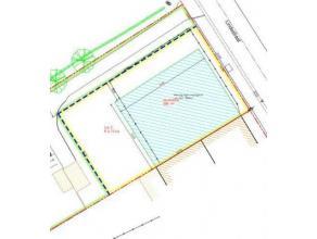 Heel mooi en landelijk gelegen bouwgrond op een totale grondoppervlakte van 613m² voor het bouwen van een HALF OPEN BEBOUWING waarvan 296 m²