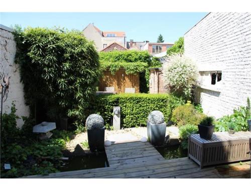 Maison vendre woluwe saint lambert dhheh for Adresse maison communale woluwe saint lambert