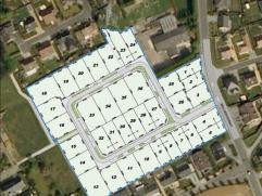 Nieuwe halfopen woning op een verkaveling aan de Bollaardstraat. U woont er op 5 minuten van het centrum van Roeselare, op een boogscheut van het stat