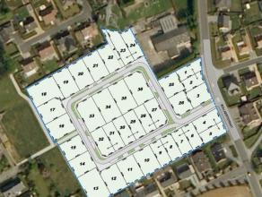 Instapklare nieuwbouwvilla op een rustige verkaveling, op een boogscheut van het centrum en het station. De woning heeft een mooie tuin (totale grondo