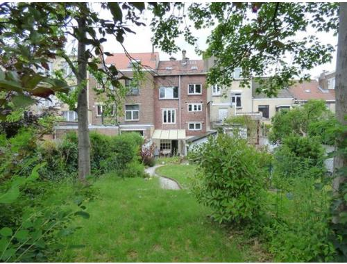Maison vendre woluwe saint lambert d4053 for Adresse maison communale woluwe saint lambert
