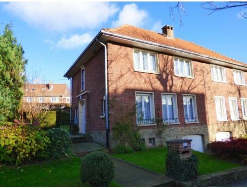 Maison vendre woluwe saint lambert dx1m5 for Adresse maison communale woluwe saint lambert