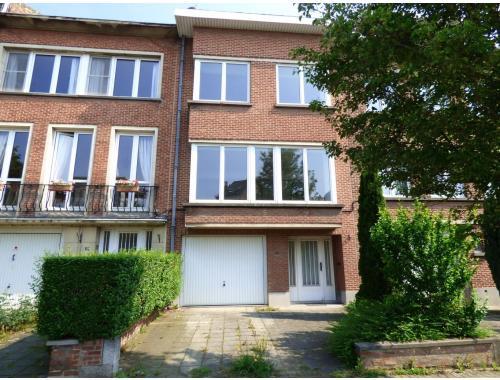 Maison louer woluwe saint lambert eoj7c for Adresse maison communale woluwe saint lambert