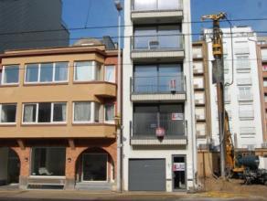 Zongerichte nieuwbouwappartementen te koop. Deze appartementen zijn vlakbij de Zeedijk van Oostduinkerke gelegen. Per verdiep bevindt er zich 1 appart