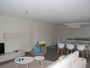 Ruim nieuwbouwappartement met 3 slaapkamers te koop. Dit gelijkvloers appartement, met een totale oppervlakte van 206 m², is rustig gelegen in ee