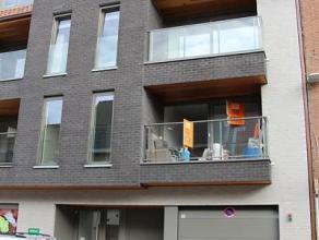 Appartement op de 3de verdieping bestaande uit: inkomhal, living met open keuken, toilet, nachthal, wasplaats/berging, badkamer, 1 slaapkamer, mooi te