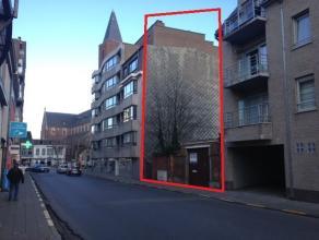 Op zoek naar projectgrond?Wij bieden een uniek perceel projectgrond (ca. 195m²) met bouwplannen te koop aan in de Markstraat te Zelzate, op 50m v