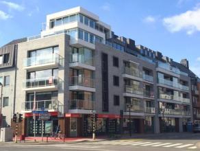 In het hartje van Deinze bevindt zich op de derde verdieping van Residentie Donsa dit leuke 2 slaapkamerappartement.Winkels, scholen, openbaar vervoer
