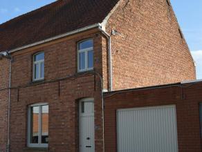 Gerenoveerde woning nabij het centrum van Waregem en op wandelafstand van het station. Deze woning heeft 3 slaapkamers, ruime woonkamer, nieuwe keuken