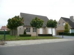 Moderne, instapklare villa met mooie zonnige tuin te Beveren-Roeselare