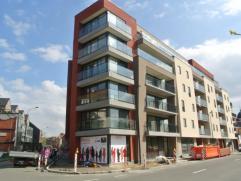 Knus nieuwbouw appartement (eerste bewoning) op een rustige ligging nabij het centrum van Roeselare. Dit appartement is volledig afgewerkt met mooie m