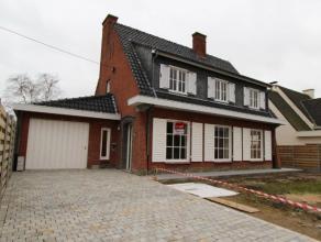 keer terug ROESELARE - 4 - slpk woning op de Zilverberg Omschrijving Deze instapklare alleenstaande woning is gelegen in een rustige en landel