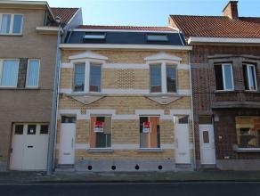 Ref : 6087 Prijs : euro 695 Adres : Wilgenstraat 29, 8800 ROESELARE Beschikbaarheid : 01/09/2016 Aantal slaapkamers : 3 Aantal badkamers : 1 Renovatie