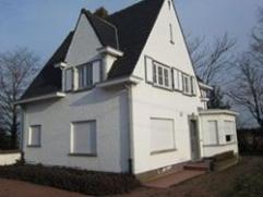 Authentieke VILLA te Gits, goed bereikbaar, met tuin & garage. Recent nieuwe ramen met dubbel glas voorzien + dak geïsoleerd!