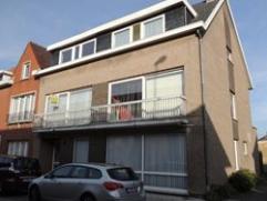 Ruim drie slaapkamer duplex appartement (1ste & 2de verdiep, geen lift) + terras. Mogelijkheid tot garage achteraan de residentie. Vrij vanaf 15 j