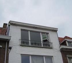 Goed gelegen, ruim appartement met 2 slpk en een garagestaanplaats rand Roeselare.
