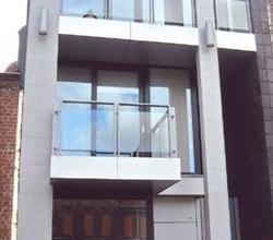Zeer toffe studio met slaaphoek & terras, centrum Roeselare.