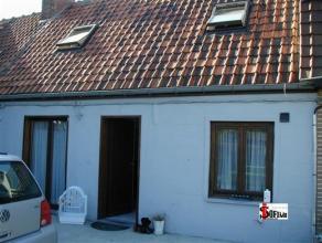 ROESELARE: gezellig en knusse woning op een zeer rustige ligging. De woning beschikt over een woonkamer, keuken en badkamer op het gelijkvloers en twe
