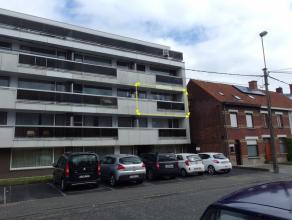 appartement 2e verd. (lift), aangenaam en functioneel appartement, vernieuwde keuken en badkamer,  epc :....     525 euro/mnd.   epc 259 kWu/m2jr