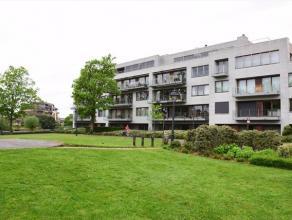 """Prachtig appartement met bewoonbare oppervlakte van 174m²,  gelegen in de res. """"PARKZICHT"""" aan de rand van het stadspark met zicht op het water.B"""