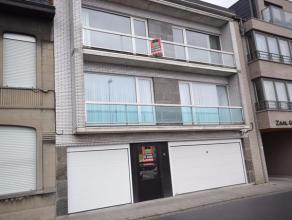 Gelijkvloers, volledig vernieuwd appartement met privatieve, afgesloten tuin in centrum Roeselare op geringe afstand van markt en station.Bestaande ui
