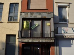 inkom, garage met trap, badkamer, berging1ste verdieping: living, keuken, toilet, trap naar koer2de verdieping: 2 ruime slaapkamersZolder